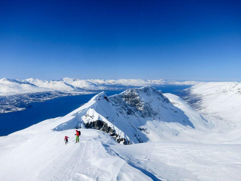 Ski de randonnée et voilier en Norvege